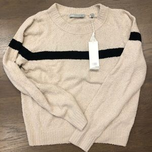 VINCE SWEATER BRAND NEW- TAGS ON